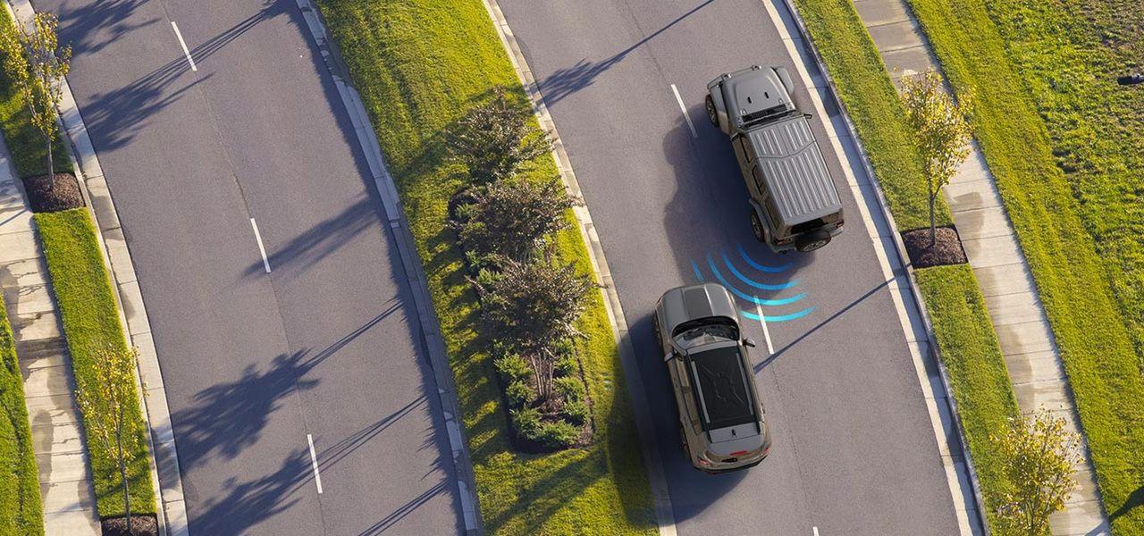 Safety-Security-Blind-Spot-Monitoring-Desktop.jpg.image.2880