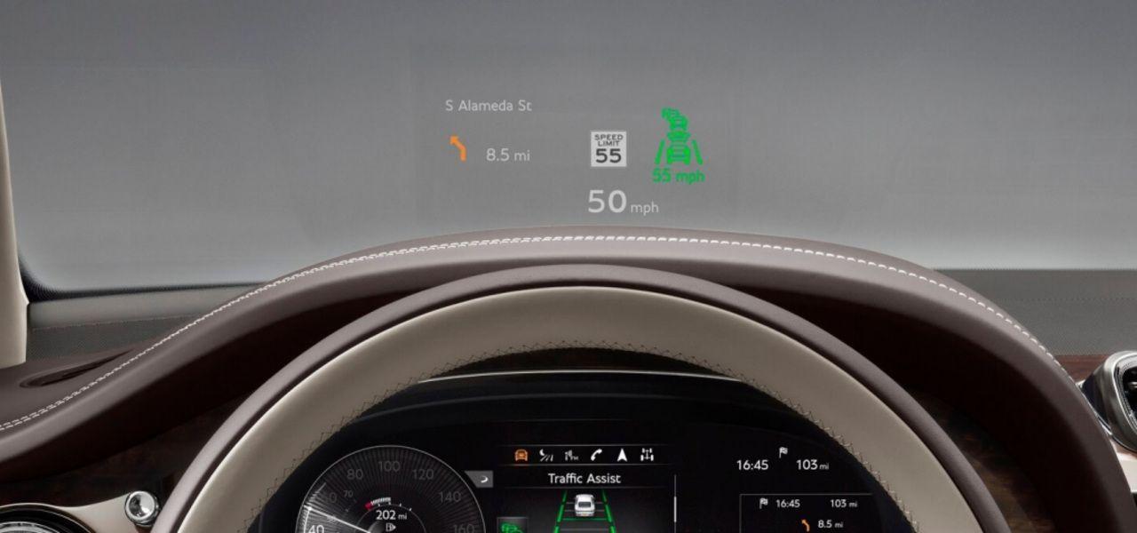 new-Bentley-Bentayga-V8-head-up-display-1920x670