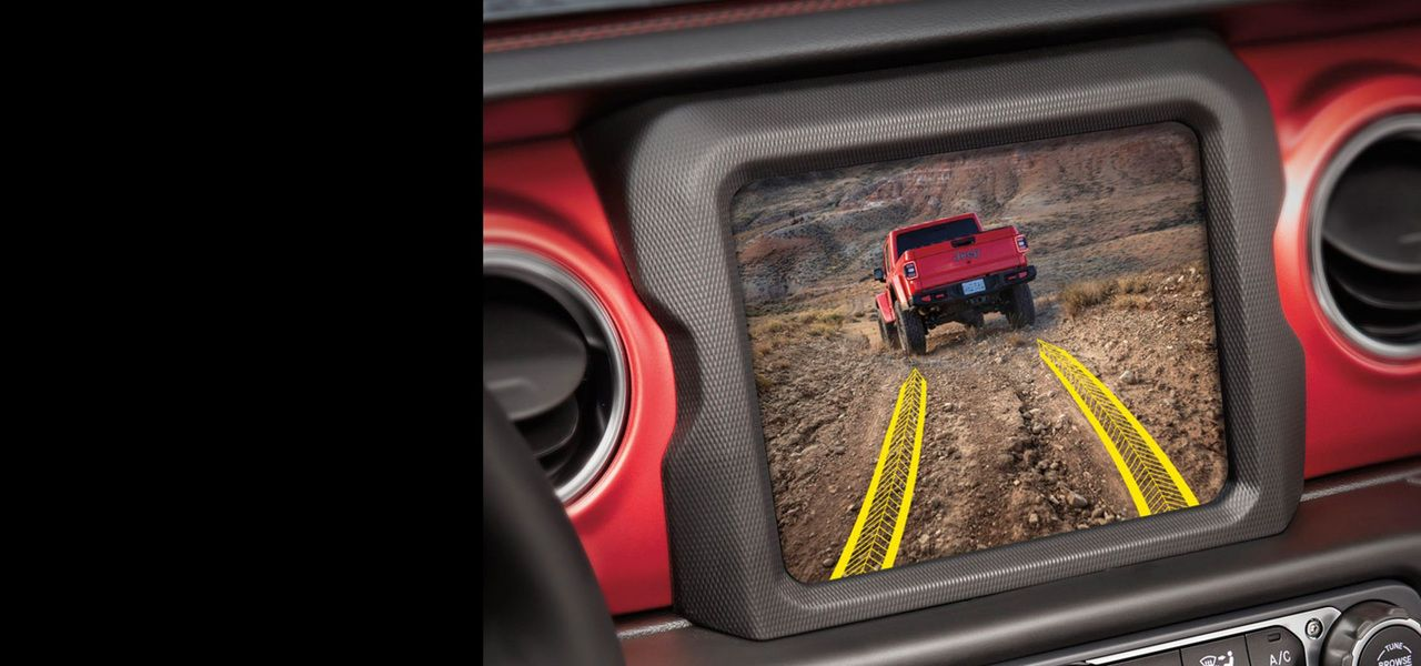 2020-Jeep-Gladiator-Capability-Forward-Facing-Camera.jpg.image.2880