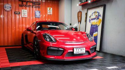 01_Porsche GT4 copy.jpg